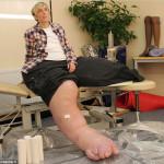 Мэнди Селларс женщина с самыми большими ногами